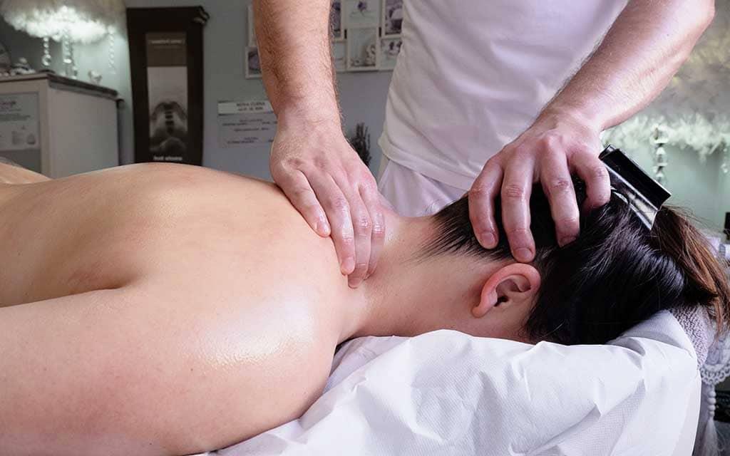 masaža leđa i vrata tonus relaxo